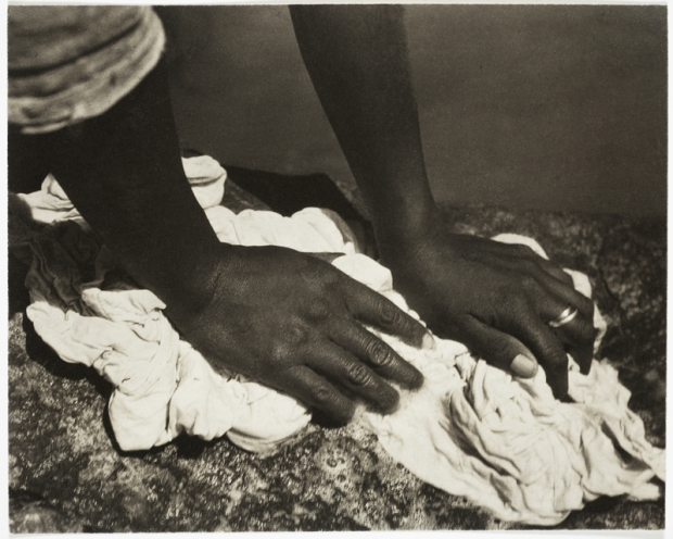 Hands Washing, Tina Modotti, 1927