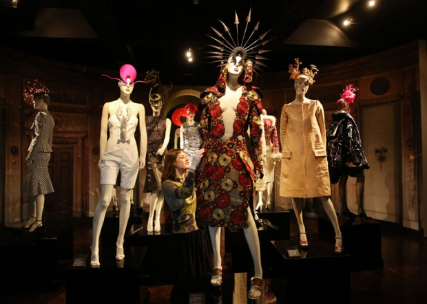 Isabella-Blow-Fashion-Galore-exhibition-at-Somerset-House (1)